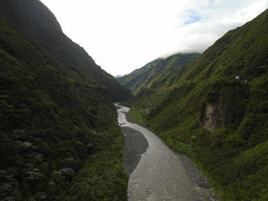 Ecuador 6 056