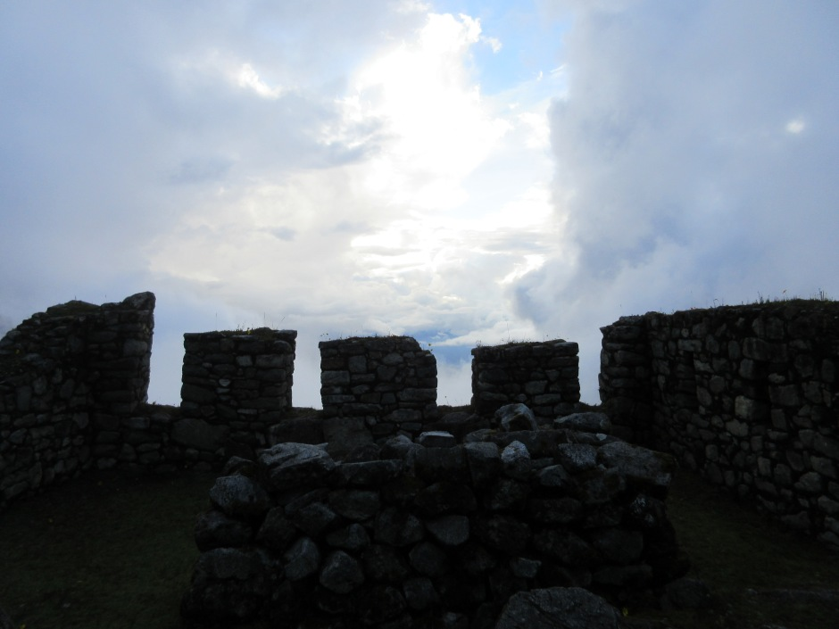 The sky above the ruins of Sayaqmarka.